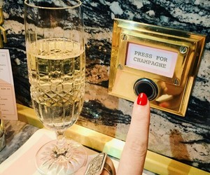 champagne and 2017 image