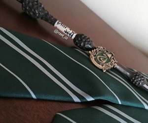 badge, fan, and harry potter image