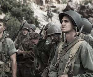 andrew garfield, hacksaw ridge, and desmond doss image