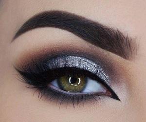 eyeshadow and make-up image