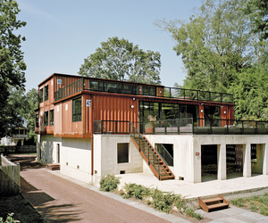 exteriors and shipping container house image