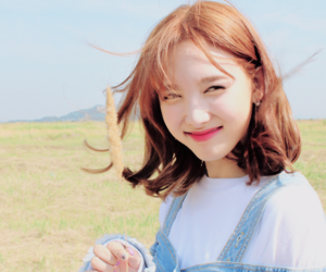 twice, nayeon, and tt image