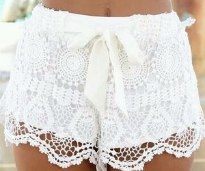 croche and shorts image