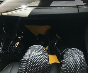 car, shoes, and kylie jenner image