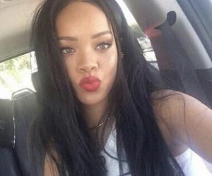 rihanna, riri, and selfie image