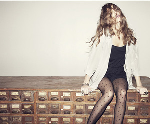 girl and tights image