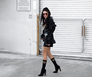 fashion blogger, metallica, and street style image