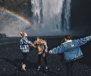 aesthetic, friendship, and wanderlust image