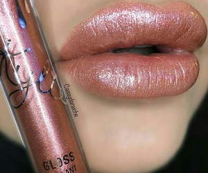 girl, lipgloss, and lips image