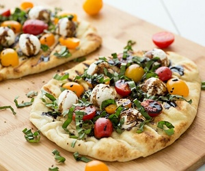 pizza and naan image