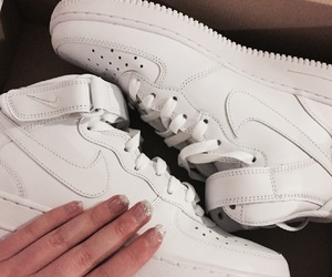 nailsbyme and nikeairforce1 image