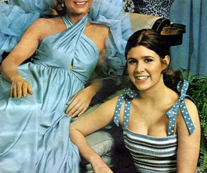 carrie fisher, Debbie Reynolds, and 70s image