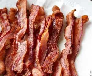 food and bacon image