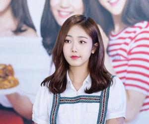 hwang eunbi, sinb, and 신비 image