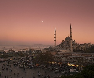 istanbul, city, and sunset image