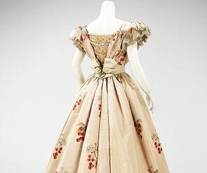 1800s fashion image