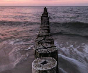 sea, article, and water image