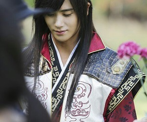 hwarang, kdrama, and hyungsik image