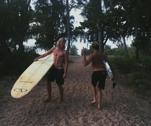 alex hayes and jayalvarrez image