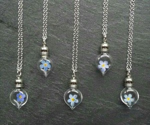 necklaces and pendants image