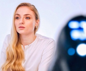 beauty, crush, and sophie turner image