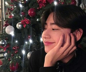 boy, ulzzang, and christmas image