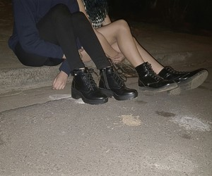 grunge, botas, and friends image