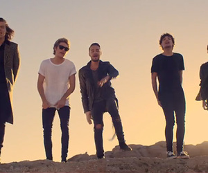 1d, one direction, and steal my girl image