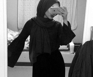 b&w, hijab, and iphone image