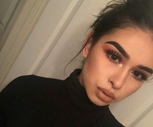 gorgeous make-up image