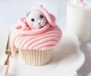 cupcake and cat image
