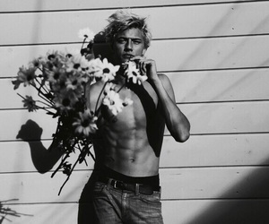 lucky blue smith, flowers, and boy image