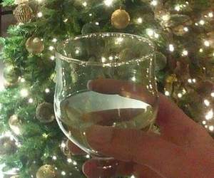 champaign, glass, and new year image