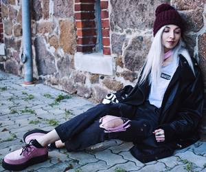 fashion, goth, and grunge image