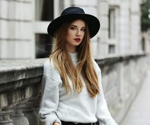 blogger, brune, and iga wysocka image