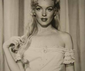 M and Marilyn Monroe image