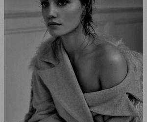 phoebe tonkin, model, and beauty image