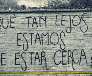 accion poetica and lejos image