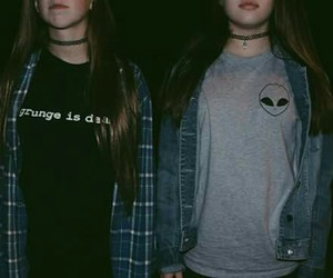 grunge, girl, and alien image