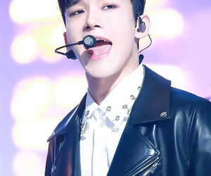 asian boy, kpop, and Chen image