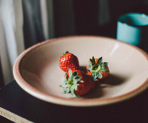strawberry, fruit, and vintage image