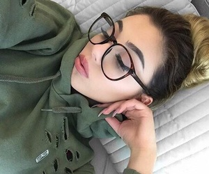 beauty, eyeliner, and girls image