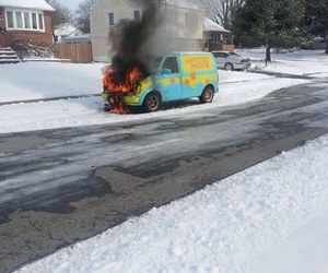 fire, scooby doo, and car image