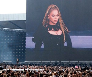 glasgow, queen bey, and hampden park image