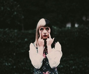 girl, melaniemartinez, and vintage image