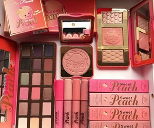 makeup, peach, and pink image