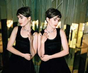 actress, clary fray, and short hair image