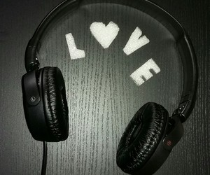 headphones, music, and i love music image