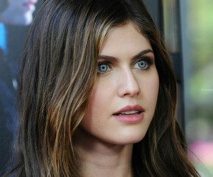 actress, beautiful, and daddario image
