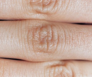 fingers, skin, and aesthetic image